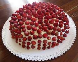 torta di fragoline di bosco